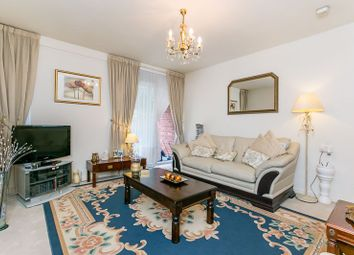 1 bed flat for sale in Lambscroft Avenue, London SE9