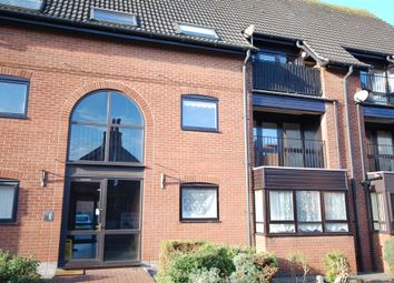 Thumbnail 2 bed flat for sale in 16 Northgate Court, Louth