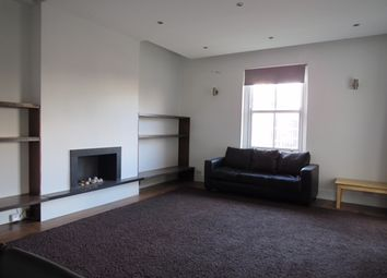 Thumbnail 2 bed flat to rent in Camden Road, Holloway / Camden