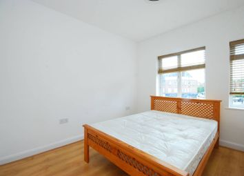 Thumbnail 1 bed flat to rent in Dollis Road, Finchley
