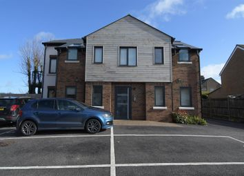 Thumbnail 2 bed flat for sale in Luton Road, Harpenden