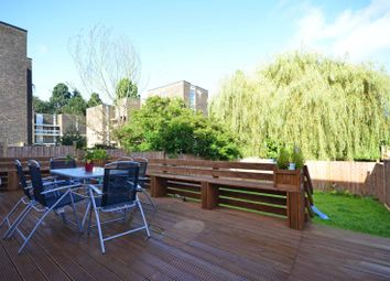 Thumbnail 3 bed flat to rent in Gordon Road, West Finchley, London