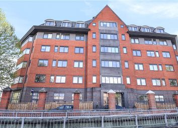 Thumbnail 1 bed flat for sale in Verona Apartments, Wellington Street, Slough