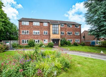 Thumbnail 2 bed flat for sale in Ellwood Gardens, Watford