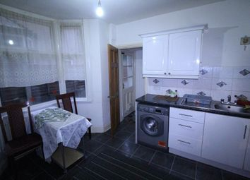 Thumbnail 1 bed flat to rent in Wanstead Park Road, Ilford