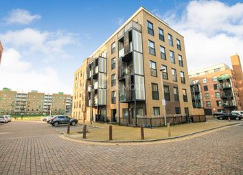 Thumbnail 2 bedroom flat for sale in Maxwell Road, Romford