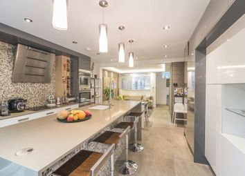 Thumbnail 4 bed property to rent in Levana Close, London