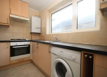 Red Lion Road, Tolworth, Surbiton KT6. 3 bed flat