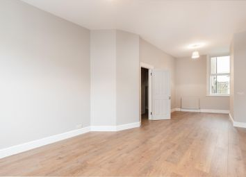 4 bed property to rent in Haydons Road, London SW19