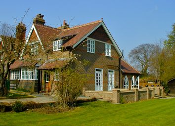 Thumbnail 4 bed semi-detached house to rent in Kennel Lodge, Shendish Manor, Shendish, Hemel Hempstead