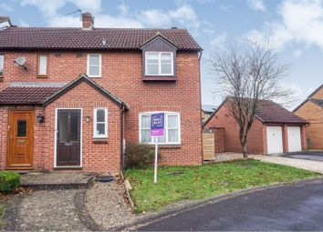 3 bed end terrace house for sale in Taunton Close, Chippenham SN14