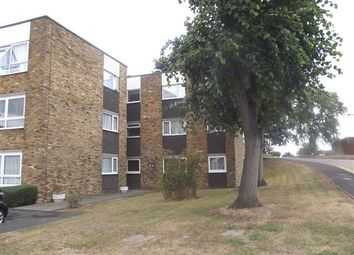 Thumbnail 2 bedroom flat to rent in Lampits, Hoddesdon