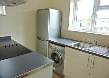 Thumbnail 2 bed flat to rent in The Parade, Bourne End
