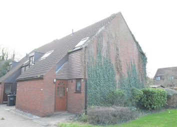 Thumbnail 2 bed flat to rent in Newgate Close, St Albans, 9