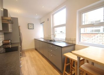 Thumbnail 2 bed property to rent in Thurlow Road, Leicester
