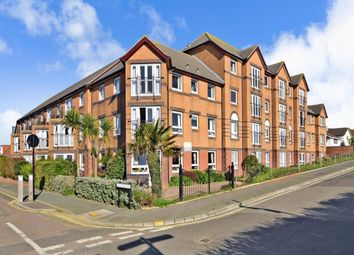 Thumbnail 1 bed flat to rent in Currie Road, Sandown