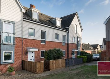 Thumbnail 3 bed town house for sale in Kestrel Avenue, Queens Hill, Norwich