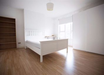 Thumbnail 3 bedroom flat to rent in Evelyn Walk, London