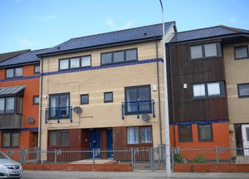 Thumbnail 4 bedroom town house for sale in Sculcoates Lane, Hull