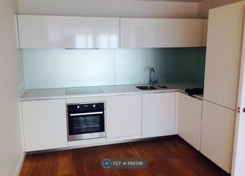 Thumbnail 2 bed flat to rent in Wandsworth, London