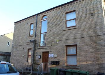 Thumbnail 2 bedroom flat to rent in Cemetery Road, Heckmondwike