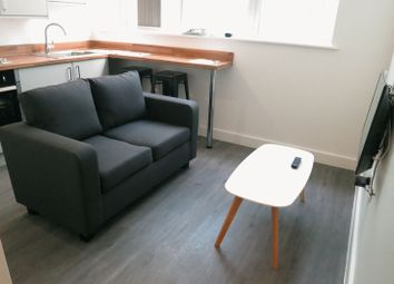 Thumbnail Studio to rent in Wellington Road South, Stockport