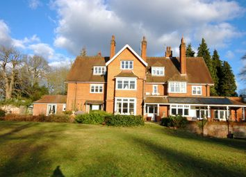 Thumbnail 2 bed flat to rent in Westwood Road, Windlesham