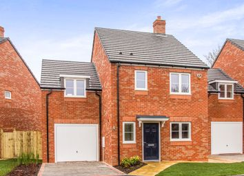Thumbnail 4 bed detached house for sale in Walton Road, Wellesbourne