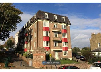 2 bed flat to rent in Hyde Vale, London SE10
