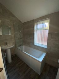 Thumbnail 5 bed property for sale in Cholmley Street, Hull