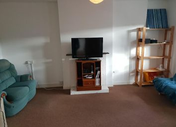 Thumbnail 3 bed flat to rent in Saracen Way, Penryn