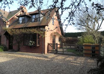 Thumbnail 2 bed cottage to rent in Hunscote Lane, Wellesbourne, Warwick
