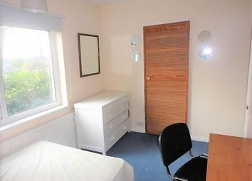 Thumbnail Room to rent in Stanhope Drive (Room 3), Horsforth, Leeds