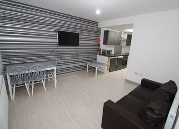 2 bed flat to rent in Christ Church Street, Preston PR1