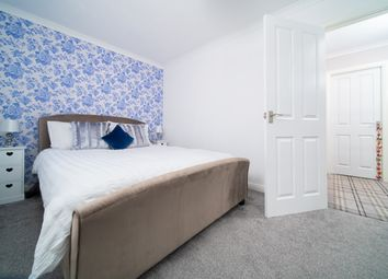Thumbnail 2 bedroom flat for sale in Cloch Road, Gourock