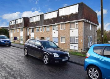 Thumbnail 2 bed flat to rent in Fellows Road, Cowes