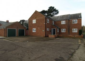 Thumbnail 6 bed detached house for sale in Castle Meadow Close, Newport Pagnell, Buckinghamshire
