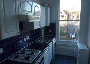 Thumbnail 2 bed flat to rent in Mercers Road, Tufnell Park