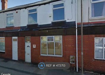 Thumbnail 2 bed flat to rent in Kingsway, Thurnscoe, Rotherham