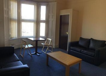 2 bed flat to rent in Perth Road, Dundee DD2