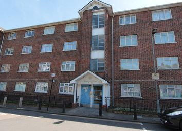 Thumbnail 3 bedroom flat to rent in Stamford Close, London