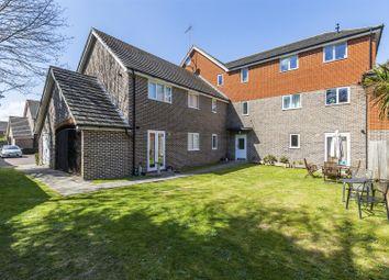 Edward Vinson Drive, Faversham ME13. 2 bed flat for sale