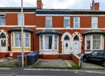 1 bed flat to rent in Regent Road, Blackpool FY1
