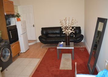 Thumbnail 1 bed flat to rent in Shaftesbury Avenue, Southall