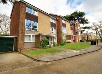 Thumbnail 2 bed maisonette to rent in Morton Court, Christchurch Road, Reading, Berkshire