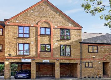 Brunswick Quay, London SE16. 2 bed flat for sale          Just added