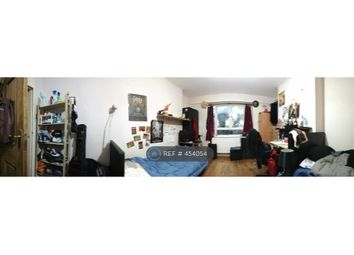 Room to rent in Balls Pond Road, London N1