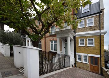 3 bed maisonette to rent in Edith Grove, Chelsea, London SW10