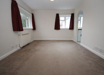 Thumbnail 1 bed flat to rent in Broyle Road, Chichester