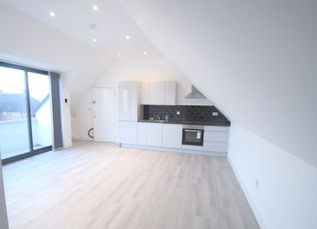 1 bed flat to rent in Waterstone House, Central Hill, Crystal Palace, Upper Norwood SE19